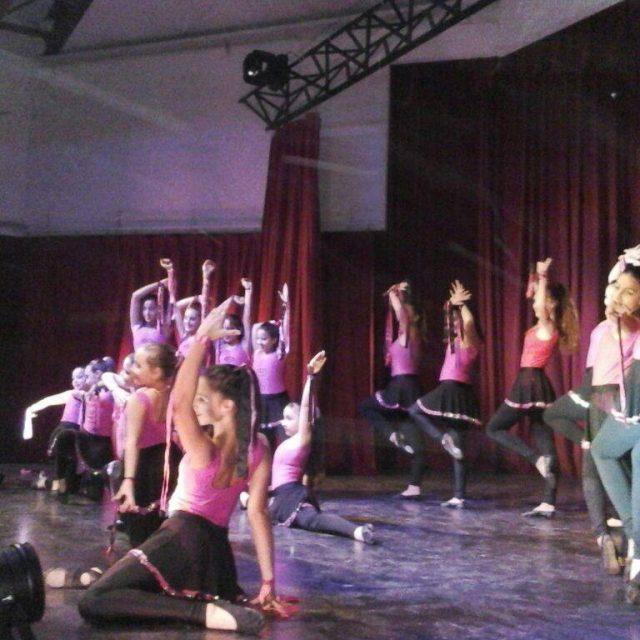 Chajarí celebra el día de la danza con un encuentro en la Estación del Ferrocarril