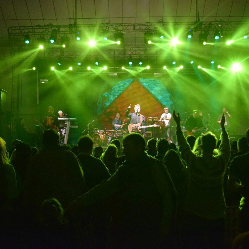 Los Pericos cerraron la tercera edición de la Fiesta de la Amistad
